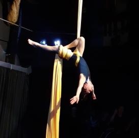 circus_chloe
